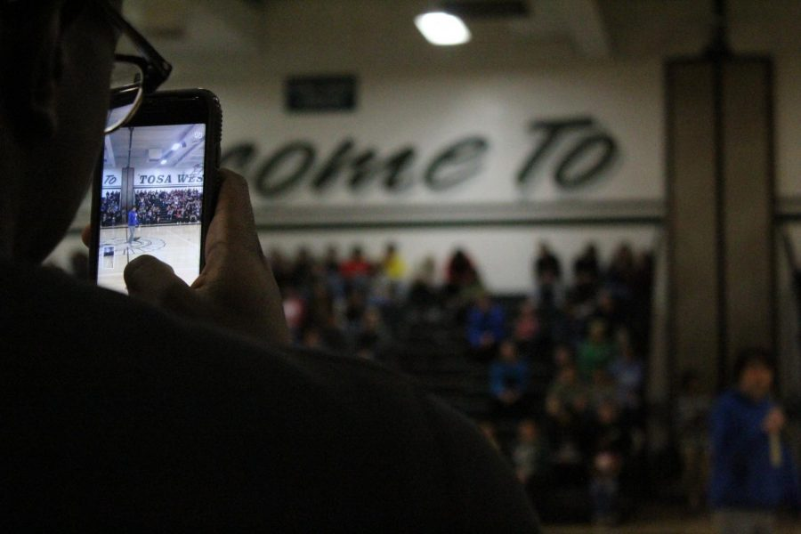 Students Participate in Nationwide School Walkout