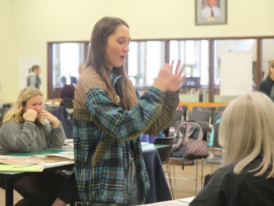 AP Art Students Present Portfolios to Colleges
