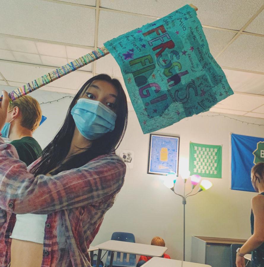 Freshman+and+Flag